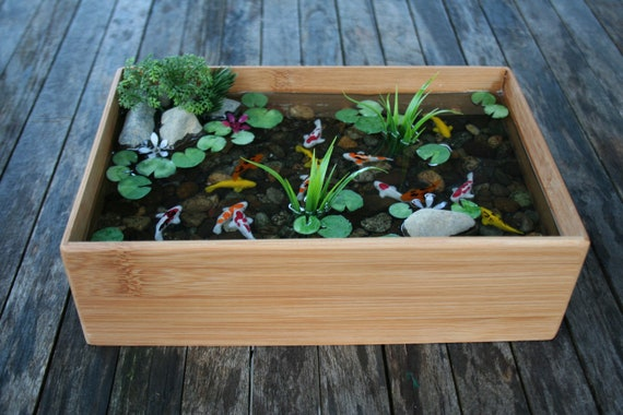 Miniature Koi Pond in Resin (with wall hangers)