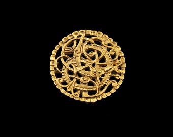 Replica of Pitney brooch 11th century England