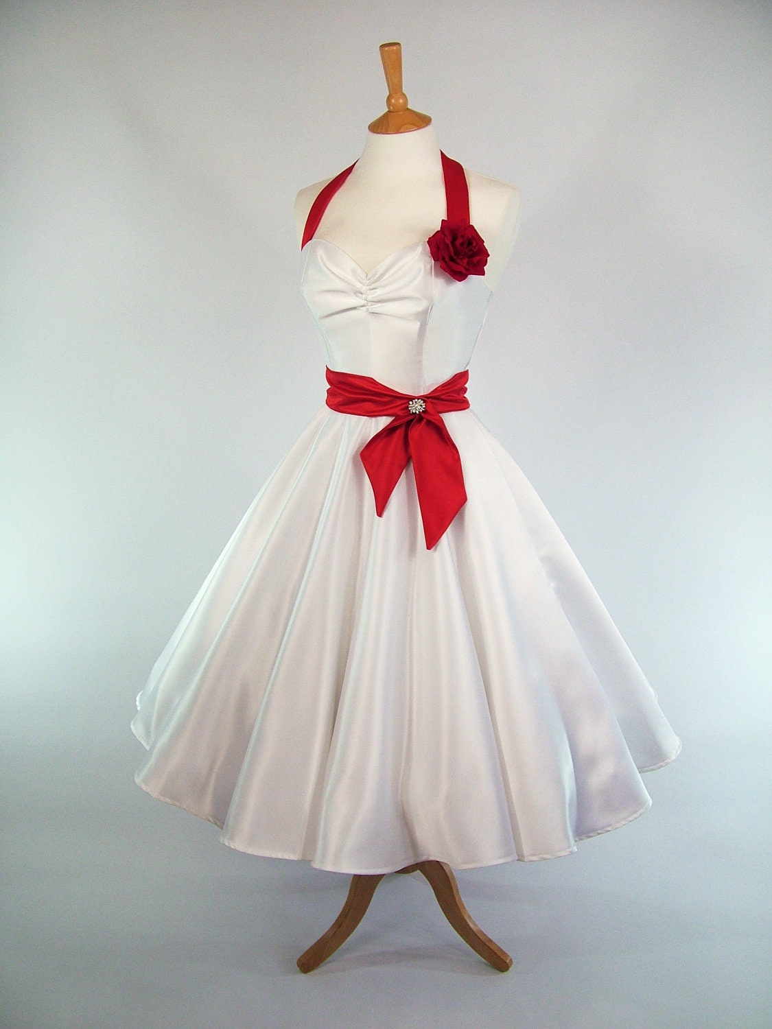 Made to measure red and white duchess satin full circle skirt for Circle skirt wedding dress