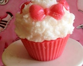 Buttercream Scented Bow Cupcake Candle