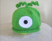 Green Monster Beanie for Baby Boy. One Eyed Monster Beanie. Bright Green Beanie for baby. Alien Beanies. Robot Beanie