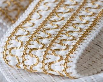 """2 Yards of Vintage 3 3/8"""" Gold and White Stretch Trim. Bright Metallic Gold Tone Piping on White Stretch Fabric. STR Trim. Item 0458T"""