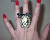 Death Becomes Her Ring