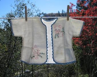 Vintage Baby Jacket, Embroidered Baby Kimono, , Baby Layette, Baby Boy Coat Vintge Baby Decor Shabby Chic Decor LB1