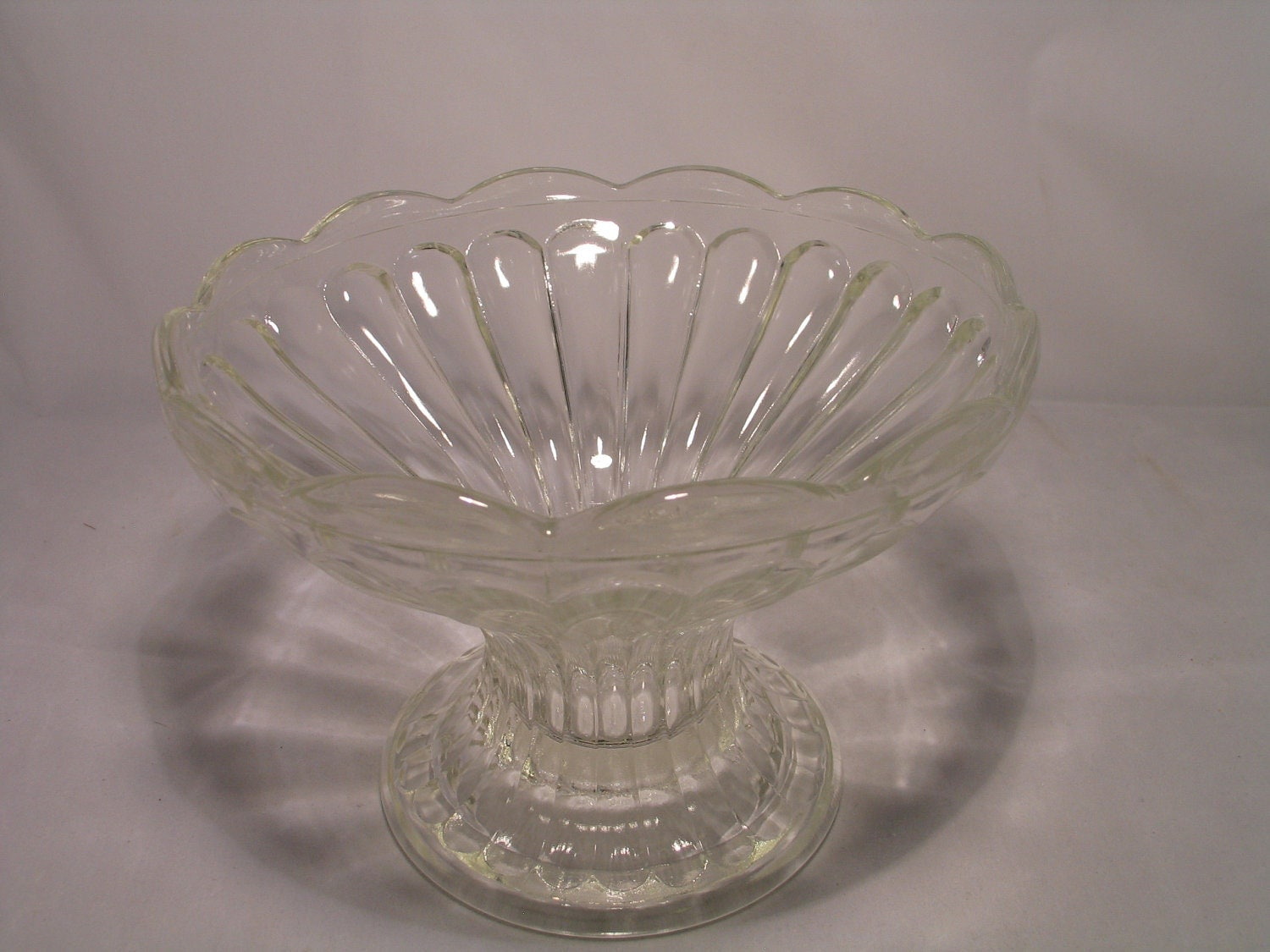 how to clean a glass bowl