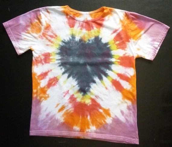 Tie Dye Girls T-Shirt Heart 100% Organic Cotton Made in Tanzania Size 8 yr/ XS Adult New