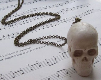Large 3D Skull pendant on long antique gold coloured chain fashion statement necklace