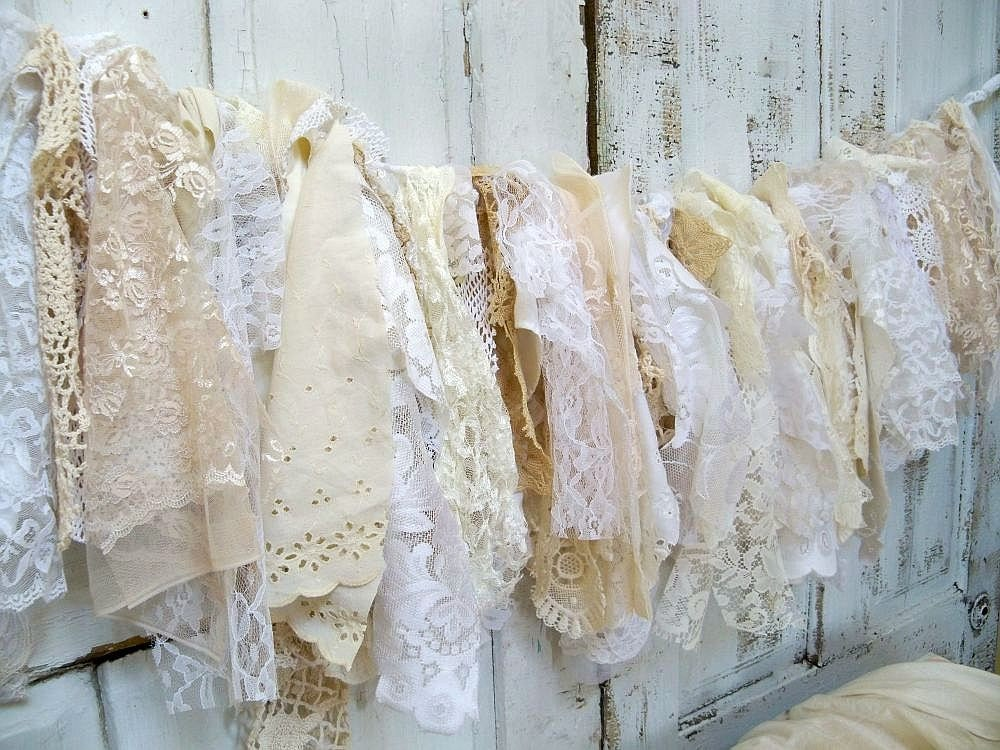 Shabby Chic Fabric Garland Wall Hanging Homemade Romantic Lace