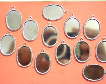 12 Vintage Silverplated 22x16mm Setting Pendants