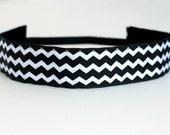 "Black & White Chevron No Slip Headband 1.5"", Fitness Apparel, Running Headband, Workout Headband, Yoga Headband, Gift for Runners, Team Gift"