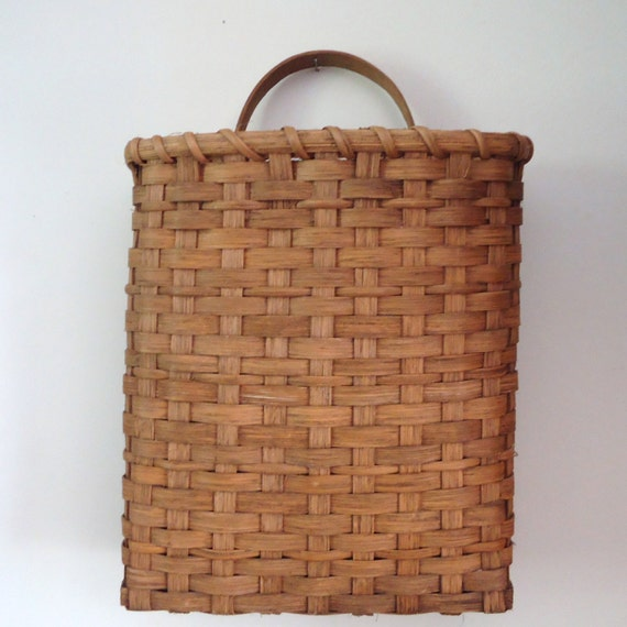How To Hand Weave A Basket : Baskets hand woven basket wall split oak