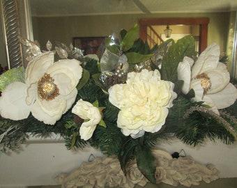 White Mantle Swag, Cream Mantle Swag, White Magnolia Mantle Swag, Centerpiece, Table Centerpiece