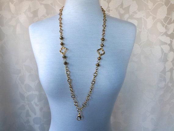 Gold Quatrefoil Clover Chain Badge Holder Lanyard