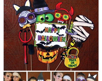 creepy Halloween photo booth props - perfect for your Halloween bash or your scary party