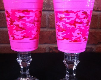 CLEARANCE Pink camo redneck wine glass (pair)