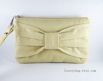 SUPER SALE - Cream Bow Clutch - Bridal Clutches, Bridesmaid Wristlet, Wedding Gift, Wedding Clutch, Cosmetic Bag, Camera Bag, Zipper Pouch