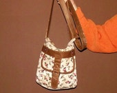 Hipster Purse: White w. Flowers and Brown Strap