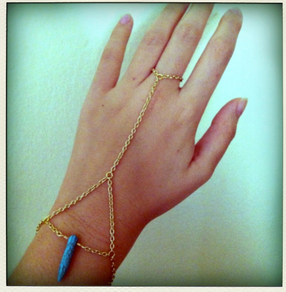 SALE Gold or Silver Triangle Web Chain Turquoise Howlite Spike Tooth Bracelet Ring Hand Harness