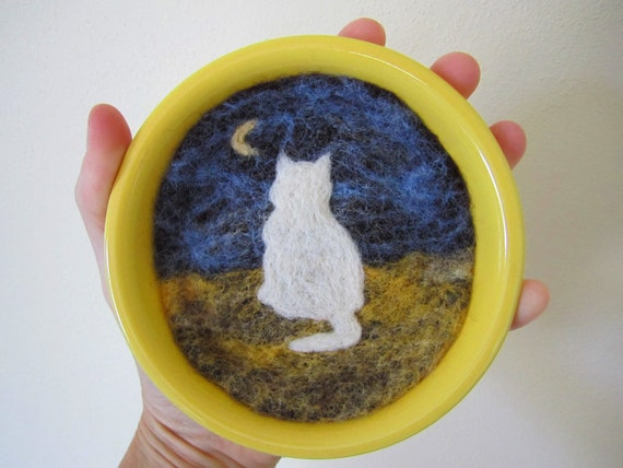 Felt Wall Hanging, Wool Artwork, Needle Felted Cat and Moon