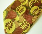 1970s PETER MAX Era Tie Golden Apple Wide Disco Era Necktie Mens Vintage Wide Polyester Tie with Apple & Pear Designs
