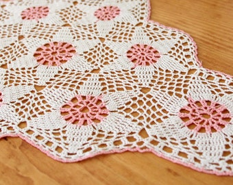 Vintage Crochet Doilies 4 Handmade White and Pink Wedding Home Decoration Unusual One Of The Kind