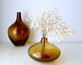 Mid Century Modern Onion Vase Small - Caramel Brown Glass - Scandinavian Design - Autumn / Fall - Mad Men, 1970's home decor, Eames Panton