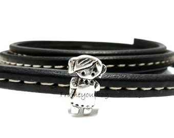 10% OFF6 X licorice leather finding large girl -Silver color ( ZK171)