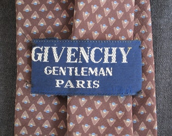Early 1980s Givenchy Necktie - 100% silk - Classic and understated - Men