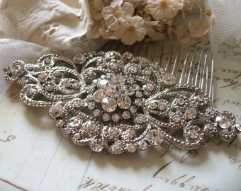 Wedding hair comb, Bridal hair comb, Barrette clip, Vintage brooch, Silver vintage style hair accessory