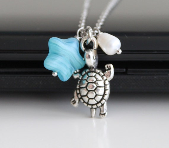 Seafoam starfish and turtle necklace, freshwater pearl necklace, hot summer trend, simple everyday jewelry