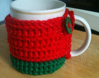 Crocheted  mug cosy - green & red - Christmas - sparkly sparkle - cup cozy