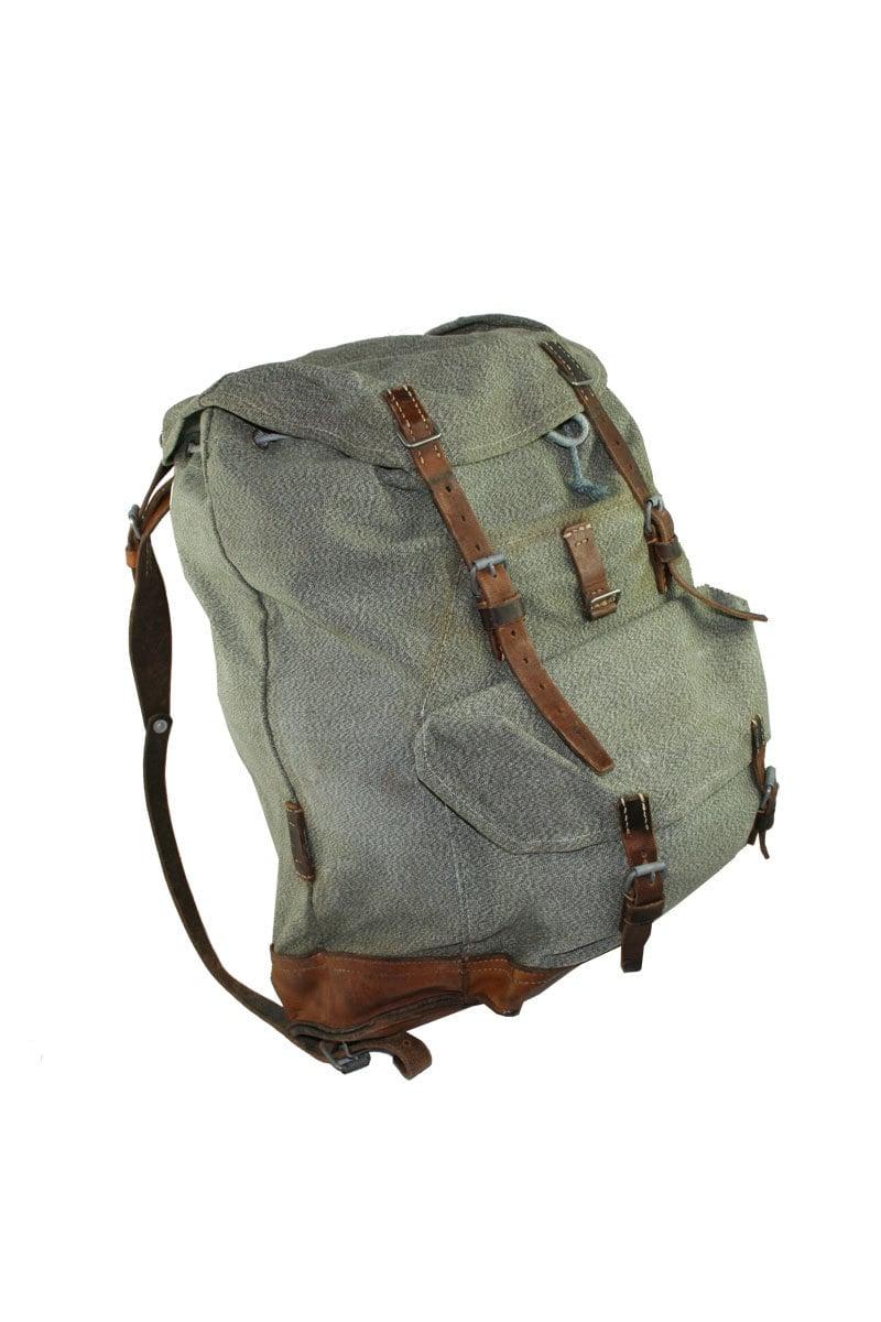 vintage swiss army backpack. Black Bedroom Furniture Sets. Home Design Ideas