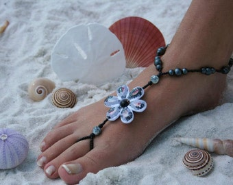 Barefoot Sandal - Delightful Flower with Black Pearls and beads