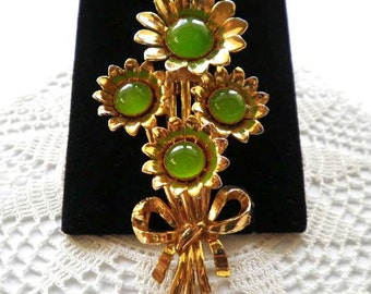 Vintage Flowers Clip  1940s Big Green Glass Cabochon Centers