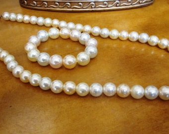 Pearl Jewelry Set, Vintage Jewelry Set, Vintage Matching Faux Pearl Bracelet and Necklace Set
