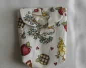 Barnyard Chickens Teabag Wallet