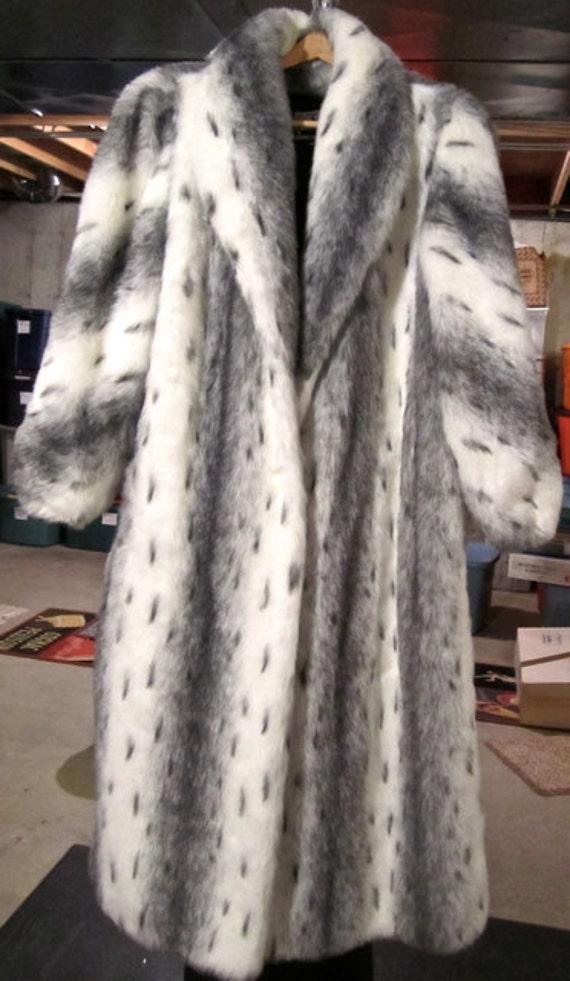 Luxurious Winter Faux Fur Long Coat Black White Grey