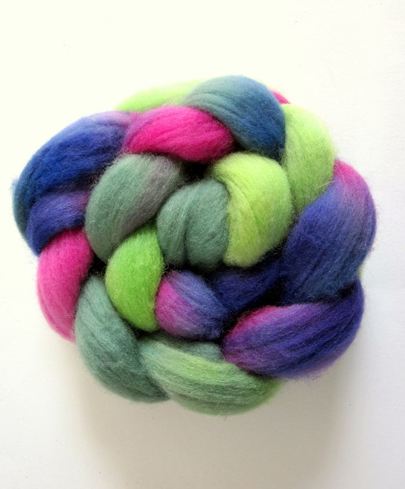 WILD GARDEN - a gorgeous merino roving in shades of bright pink, purple and green