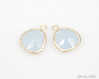 MARKDOWN - Alice Blue Color and Matted Gold Framed Glass Pendant - 2pcs Alice Blue color Pendant, Earrings Jewelry / 13x16mm / SABMG001-P