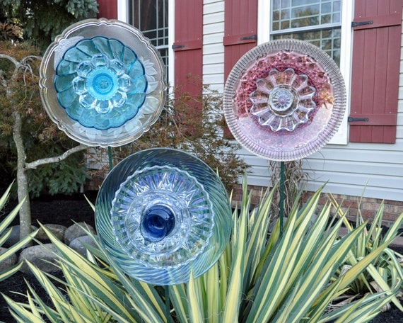 SET of 3 Repurposed Glass Flowers made of Plates, Sun Catcher, Garden Art, Pretty Pastel Colors