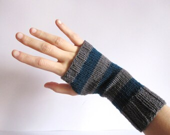 Wool Fingerless Gloves. Hand knitted handwarmers Dark Turquoise and gray. Fingerless mittens knitt, wrist warmwers, arm warmers.