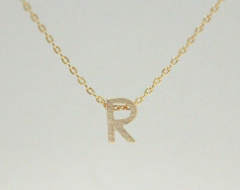 Tiny initial R necklace, personalized necklace
