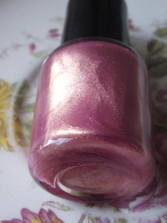 Hay Girl Nail Polish in Pink Chiffon