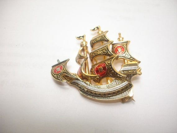 Vintage Spain Brooch Full Rigged Pirate Ship