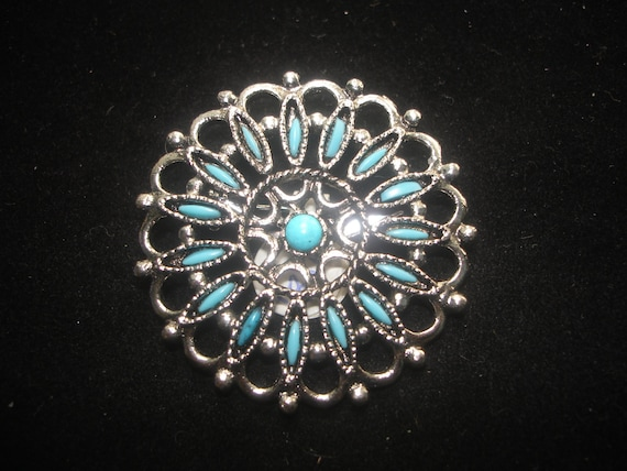 Vintage Turquoise on Silvertone Brooch
