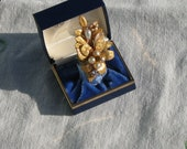 Gold Leaf Adjustable ring with gold rhinestones and pearl accents (antique originally)