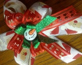 Christmas hair clip Santa hair clip Red and Green hair clip Snowman hair clip Christmas hair bow Santa hair bow
