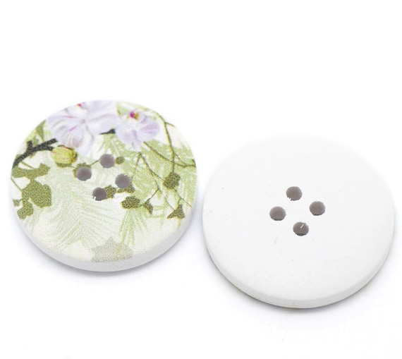 5 White Wood Painted Button Floral (Design No.17) Four Hole 30mm Pack of 5 WPB36