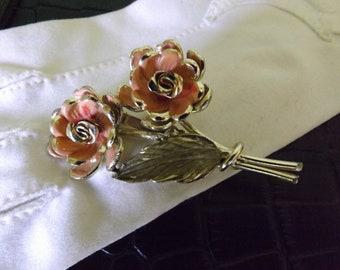 SALE/Peach Vintage Brooch/ 40% off