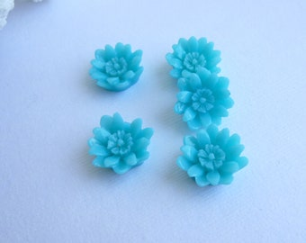 Turquoise Blue Resin Cabochon 17mm Flat Back Wild Flower...  5 Pieces
